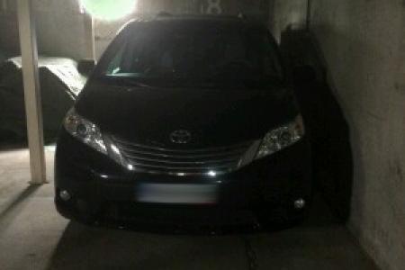 skradziona Toyota Sienna